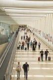 Passagers dans le terminal 3 de Ben Gurion Airport, Israël Il consid Images libres de droits