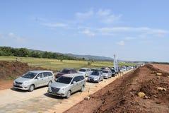Passagers par la route de péage demi-complète Photos stock