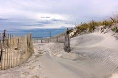 Passaggio attraverso le dune Immagine Stock