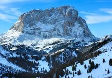 Passaggio di Gardena di inverno di mattina in dolomia del Tirolo del sud, Italia. Fotografie Stock Libere da Diritti