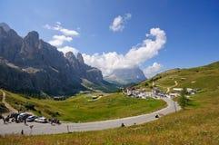 Passaggio di Gardena - dolomia, Italia Immagine Stock