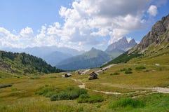 Passaggio di Pordoi - dolomia, Italia Fotografia Stock