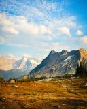 Passaggio enorme - paesaggio della montagna di Purcell nella caduta immagine stock libera da diritti