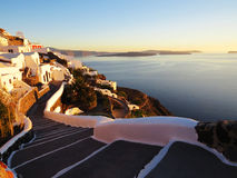 Passaggio pedonale al sole di Santorini Fotografie Stock Libere da Diritti