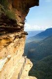 Passaggio pedonale blu delle montagne Fotografie Stock Libere da Diritti