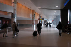 Passaggio pedonale dell'aeroporto Fotografia Stock