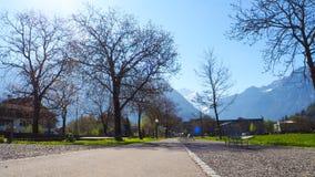 Passaggio pedonale o sentiero per pedoni del parco di Interlaken Fotografia Stock
