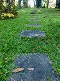 Passaggio pedonale quadrato del calcestruzzo di forma Fotografia Stock