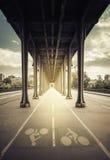 Passaggio pedonale sotto il ponte Immagini Stock Libere da Diritti