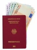 Passaggio tedesco con le euro note Fotografia Stock