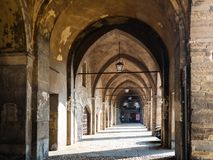 Passaggio Torre Di Adalbertoi w Bergamo miasteczku fotografia stock