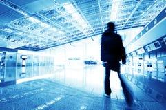 Passagier in de luchthaven van Shanghai pudong Stock Afbeeldingen