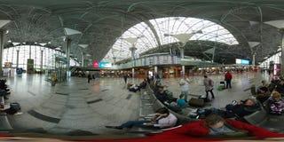 Passagiere in Vnukovo-Flughafen Stockfoto