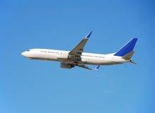 Passagierflugzeug Boeing-737 Lizenzfreies Stockbild