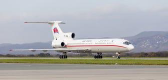 Passagierflugzeuge Tupolev Tu-154 von Air Koryo Nordkorea auf Rollbahn Luftfahrt und Transport stockbild