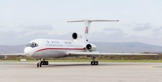 Passagierflugzeuge Tupolev Tu-154 von Air Koryo Nordkorea auf Rollbahn Luftfahrt und Transport lizenzfreie stockbilder