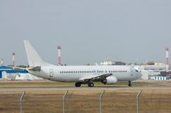 Passagierflugzeugstart Stockfotos