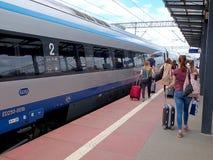 Passagiers en trein royalty-vrije stock foto's