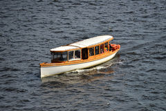 Passagiers houten boot Stock Afbeeldingen