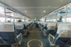 Passagiers op het passagiersdek aan boord Royalty-vrije Stock Fotografie