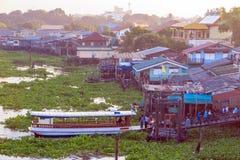 Passagiersboot bij pijler Royalty-vrije Stock Foto