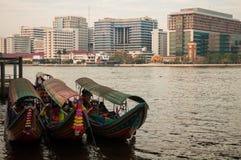Passagiersboot op Chao Phraya River in Bangkok, Thailand. Stock Foto