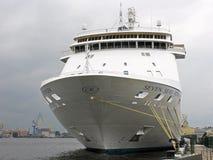 Passagierschiff in St Petersburg Russland Lizenzfreies Stockfoto