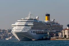 Passagierscruise in Istambul-haven Royalty-vrije Stock Afbeelding