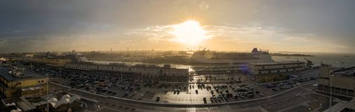 Passagiersschepen bij de Haven van Venetië royalty-vrije stock foto