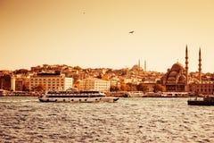 Passagiersschepen in Istanboel royalty-vrije stock foto's