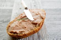 passande skiva för bröd royaltyfri bild