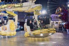 Passangers de l'attraction magique de puissance au festival de gens dans le St poelten 2018 photographie stock libre de droits