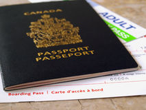 Passaporte e passagem de embarque Fotos de Stock Royalty Free