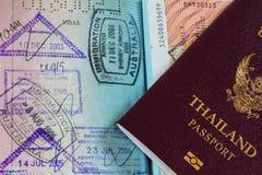 Passaporte tailandês com selos Fotografia de Stock Royalty Free