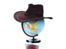 Passaportes, bilhetes, globo do mundo, chapéu como a Fotos de Stock Royalty Free