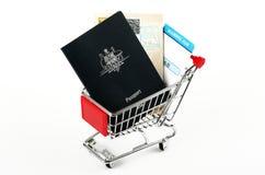 Passaportes e passagens de embarque Foto de Stock