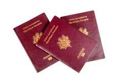 Passaporti francesi su un fondo bianco Fotografia Stock Libera da Diritti