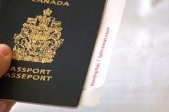 Passaporto con il passaggio di imbarco Fotografia Stock Libera da Diritti