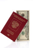 Passaporto di Federazione Russa e di cento USD Fotografie Stock