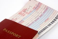 Passaporto e biglietto di linea aerea Fotografia Stock