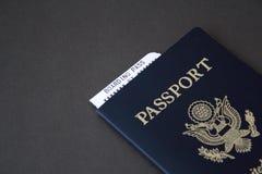 Passaporto e passaggio di imbarco Fotografie Stock Libere da Diritti