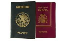 Passaporto messicano e spagnolo Immagini Stock