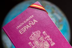 Passaporto spagnolo, viaggio intorno al concetto del mondo Immagine Stock Libera da Diritti