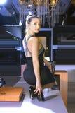 passar den nya skokvinnan Royaltyfri Fotografi