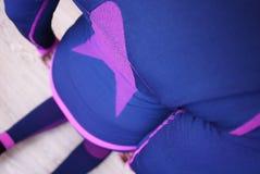 Passar den termiska underkläderna för kvinnor, härligt tyg, kroppen och bröstkorgen fotografering för bildbyråer