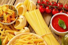 Passata clasificado de las pastas y del tomate Foto de archivo