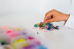 Passatempo dos braceletes da faixa de Ruber Fotografia de Stock