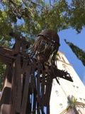 Passe a escultura de Jesus Christ que pendura na cruz - ` s de St Patrick - Miami Beach - Florida Imagens de Stock