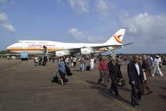 Passeggeri che lasciano aereo Immagine Stock Libera da Diritti