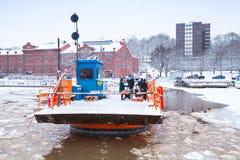 Passeggeri di Fori, traghetto leggero di traffico, Turku Immagine Stock